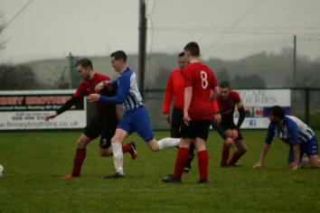 Moneyslane share points as potential winner is ruled offside